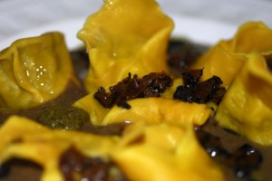 Happy New Year Atto II : cappelletti di kamut ripieni di fagiano