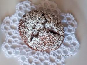 Muffin al cioccolato Yaoia e confettura di sambuco