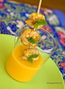 Spiedino di gamberi al curry con dip al melone
